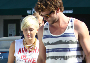 New Clues Miley Cyrus and Liam Hemsworth Are Getting Back Together!