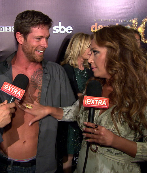 'DWTS' 10th Anniversary: Leah Remini and Tony Dovolani Go Wild with the Cast!