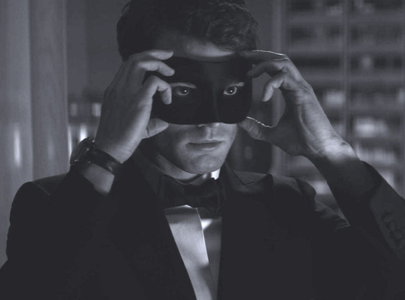 Jamie Dornan Is So Hot in This 'Fifty Shades Darker' Teaser
