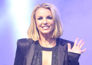 Oops! Britney's Twisted Ankle Makes Its Debut