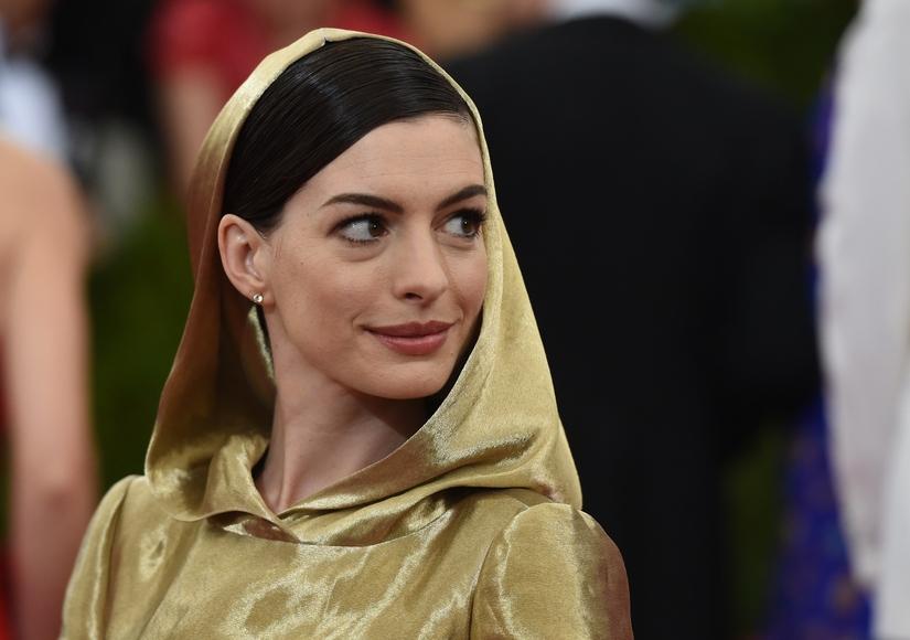 Anne Hathaway's Hoodie Gown Has Everyone Talking