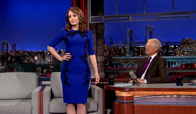 Tina Fey Strips Down for David Letterman, Gives Host the Perfect Send-Off Gift