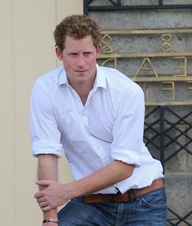 Confirmed: Prince Harry Finally Meets His Niece!