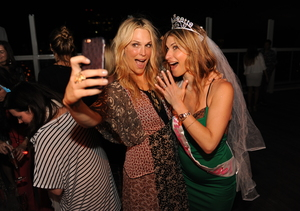 Molly Sims Hosts a Bachelorette Blast!