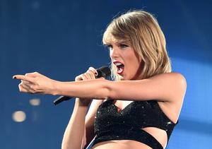 Taylor Swift Smacks Down Apple Music