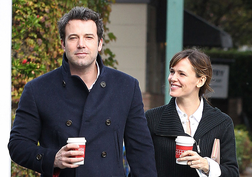 Friendly Exes! Ben Affleck & Jennifer Garner Smile After Visiting Family Counseling Center
