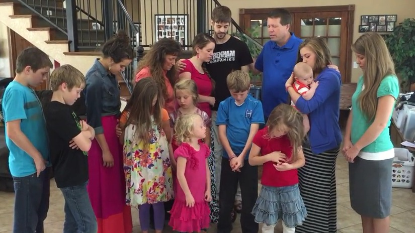 Duggars Bid Bon Voyage to Jill and Derick… Wherever They're Going