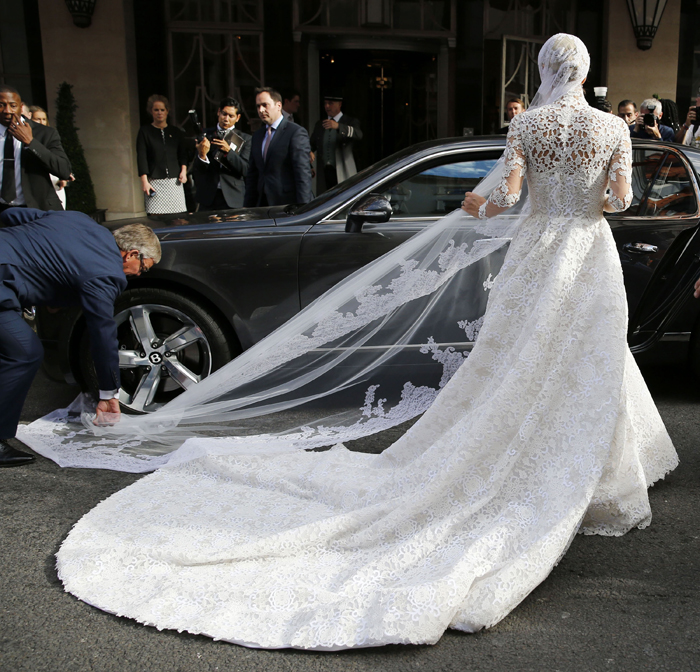 nicky-hilton-wedding-dress