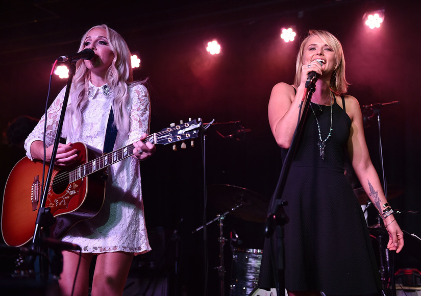 Miranda Lambert Takes Stage Two Days after Divorce Finalized