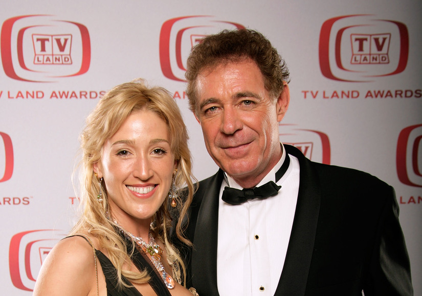 Barry Williams' Ex-GF Elizabeth Kennedy Bashes Him for Poor Choices with Daughter