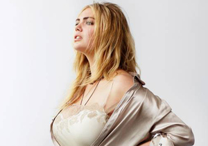 'Marilyn of Today' Kate Upton Flaunts Her Curves for First CR Men's…