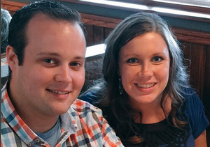 Josh Duggar's Wife Anna Is Having 'Hard Time' After Ashley Madison…