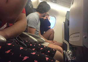 Anti-Social Media: Woman Live-Tweets Breakup on Her Delayed Flight… and It Goes Viral