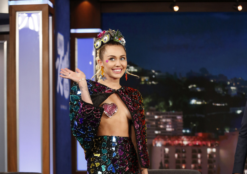 Boob Tube: Miley Cyrus Wears Pasties, Makes Jimmy Kimmel Blush