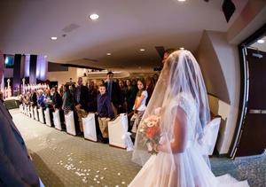 Extra Scoop: Jessa Duggar Goes on Wedding Photo Binge After Cousin Amy's…