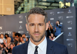 Ryan Reynolds' Father Dies; Actor Asks Fans to Donate to Parkinson's Charity
