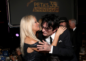 Pamela Anderson & Tommy Lee Have Sweet Reunion at PETA Gala