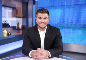 Alek Skarlatos Talks Personal Connection to UCC School Shooting on 'Ellen'