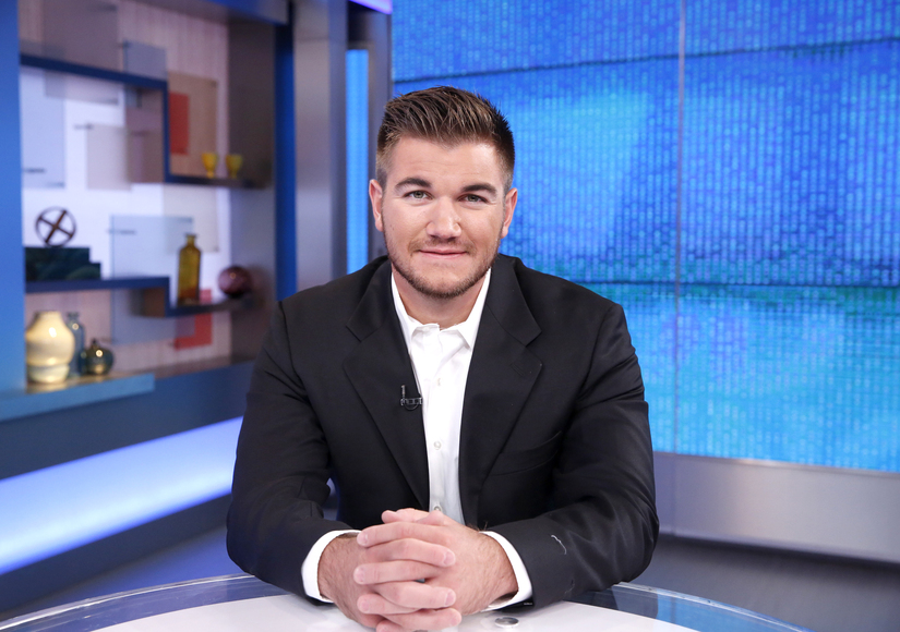 Alek Skarlatos Talks Personal Connection to UCC School Shooting on 'Ellen'