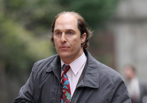 Matthew McConaughey Is Nearly Unrecognizable with Potbelly on 'Gold' Set