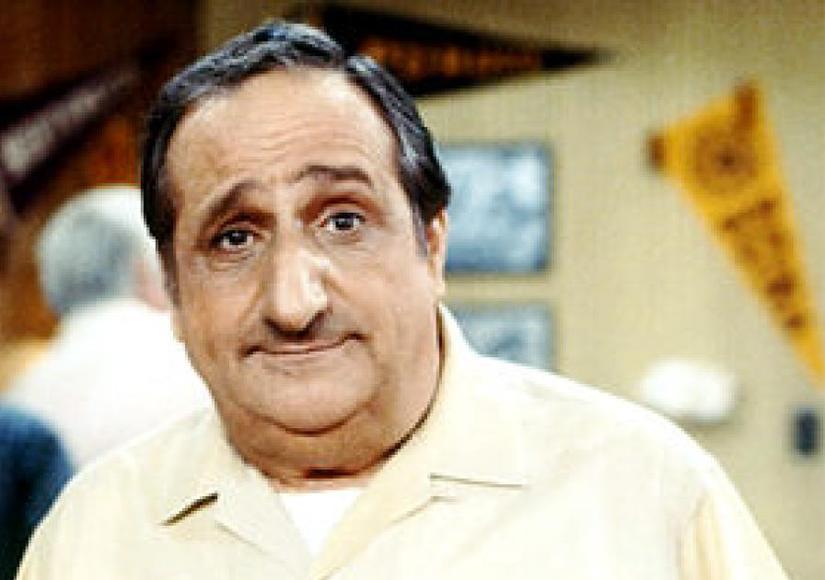 Al Molinaro, 'Big Al Delvecchio' of 'Happy Days' Fame, Dies at 96