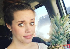 Very Pregnant Jessa Puts the Pineapple Theory to the Test