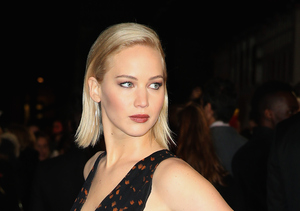 Extra Scoop: Jennifer Lawrence Hits Back at Bad-Hygiene Rumors in Video
