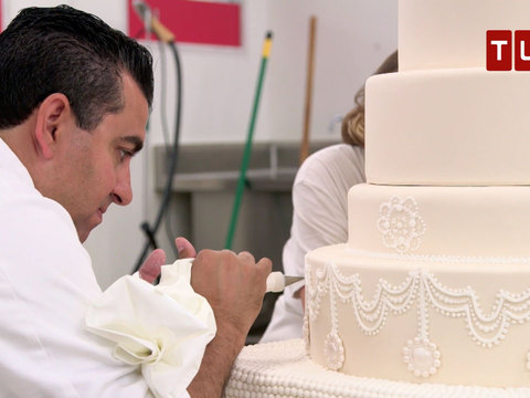 extreme wedding cakes tv show buddy valastro makes one of a wedding cake for his 14083