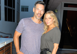 LeAnn Rimes Talks Babies and Her Obsessive Christmas Disorder