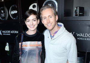 Mom-to-Be Anne Hathaway Steps Out in L.A.