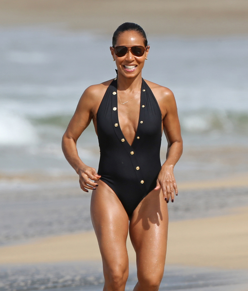 Jada Pinkett Smith Shows Off Curvy Beach Body at 44