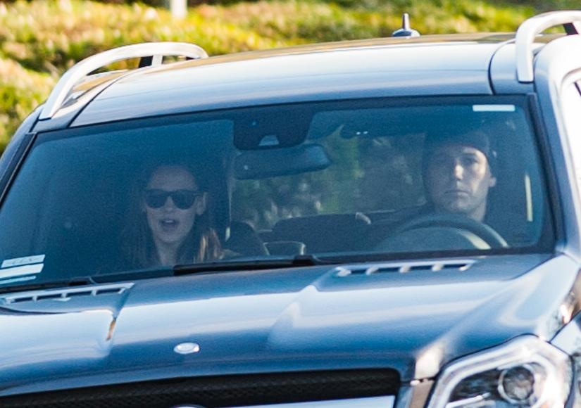 Friendly Exes! Ben Affleck & Jennifer Garner Reunite on Violet's 10th Birthday
