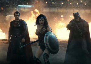 Watch the 'Greatest Gladiator Match' in New, Action-Packed 'Batman v…