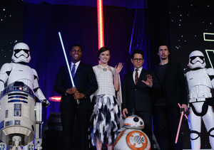 'Star Wars' Mania! All Our Interviews from the Mega-Premiere