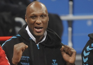 Lamar Odom Secretly Moved Out of Hospital