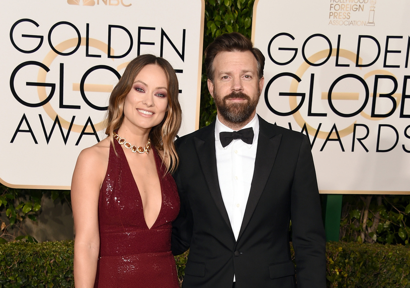 Olivia Wilde Sparkles in Michael Kors, Jason Sudeikis Kicks It In Sneakers at…