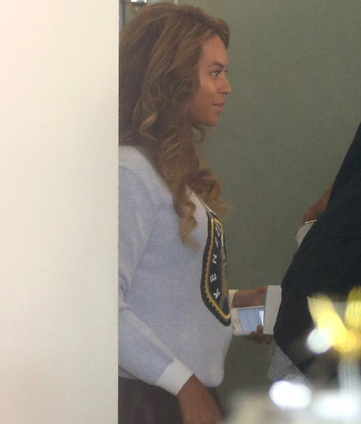 Baby on Board? The Pic That Has Fans Wondering if Beyoncé Is Pregnant