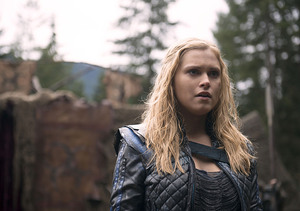 What's Next for Clarke? Eliza Taylor Teases 'The 100' Season 3