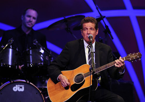Kris Jenner Remembers Eagles Legend Glenn Frey