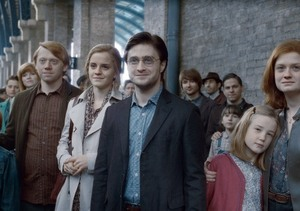 J.K. Rowling Announces Surprise 'Harry Potter' Sequel