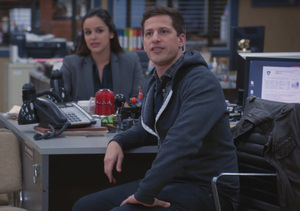 'Brooklyn Nine-Nine' Sneak Peek: A Celebrity Gets Robbed!