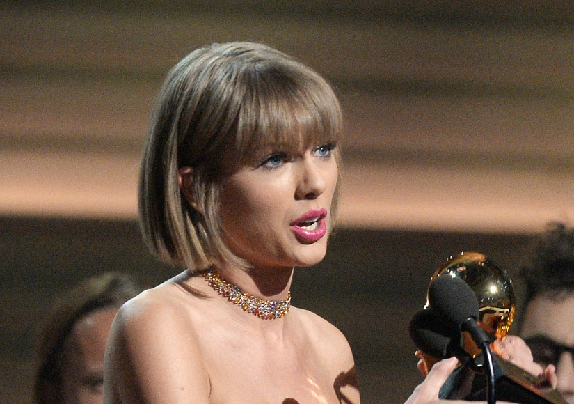 Taylor Swift Seemed to Throw Shade at Kanye During Grammys Acceptance Speech