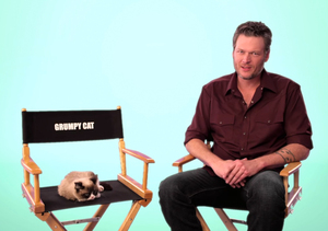 Watch Blake Shelton's Hilarious Interview with Grumpy Cat for Kids' Choice