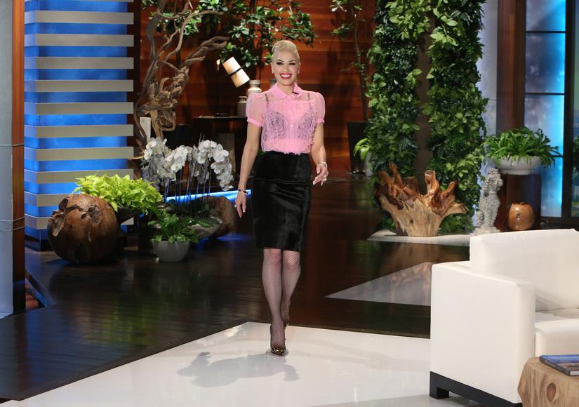 Ellen Asks Gwen Stefani About Blake Shelton Popping the Question – Watch!