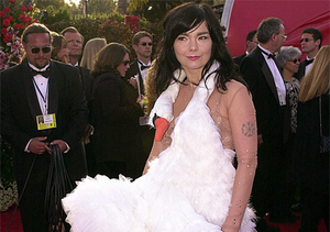 Pics! The Wildest Oscar Looks of All Time