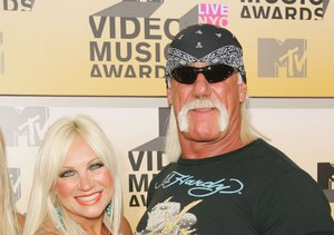Hulk Hogan's Ex-Wife Linda Speaks Out on His Sex Tape Lawsuit: 'He Needs to…