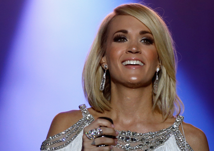 Carrie Underwood Shows Off Her 'Adorable' Swimwear Line with Bikini Selfie
