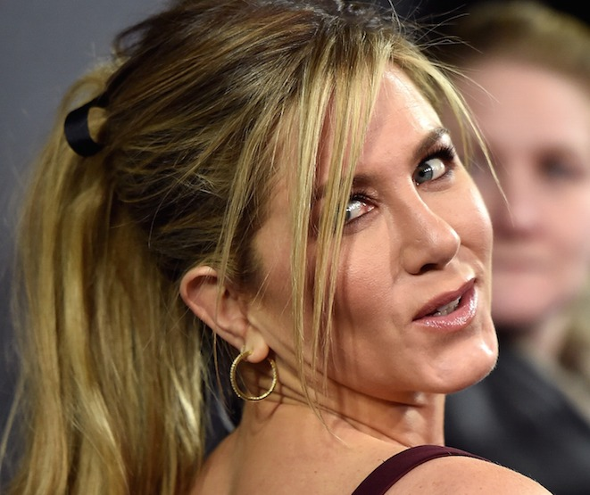 Jennifer Aniston Comments on Jake Gyllenhaal's Crush, 'Friends' Reunion, More!
