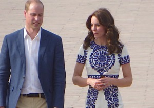 William & Kate Recreate Diana's Iconic Taj Mahal Photo