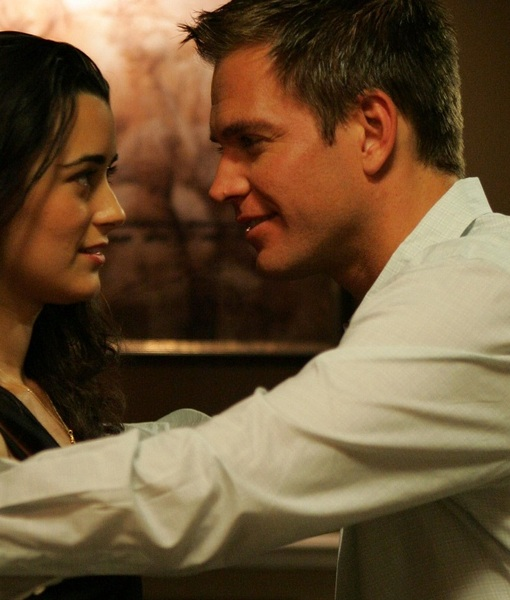 Extra Scoop: Will Cote de Pablo Return to 'NCIS' for Michael Weatherly's…